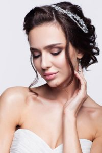 bridal hair trends 2019 at synergy hair and beauty salon in studley